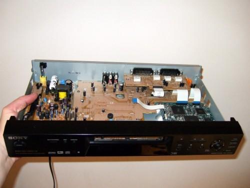 Mein DVP-NS400D während der OP