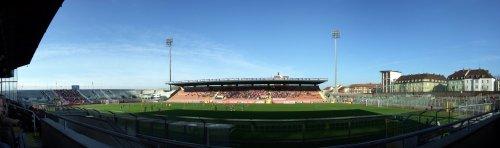 Panoramabild FCB II - SpVgg Unterhaching im Grünwalder Stadion (autostitched)